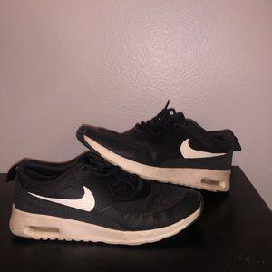 Nike- Black & white